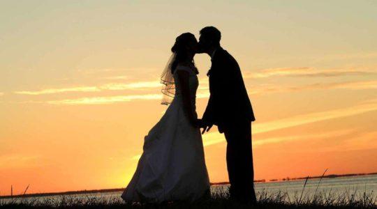 Pozvánka: Mark Gungor - Smejte sa na ceste k lepšiemu manželstvu